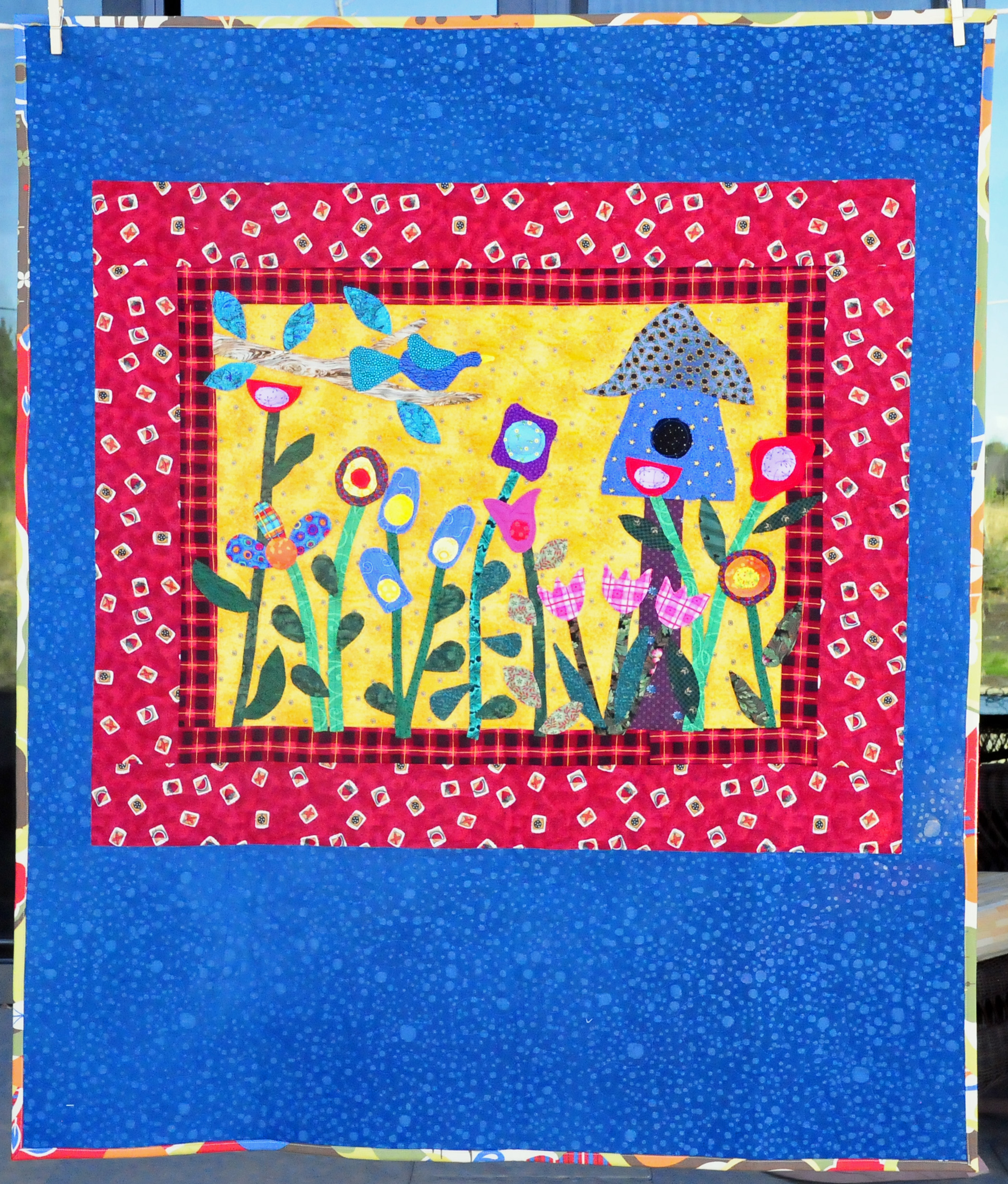 "Folk Art Birdhouse Quilt 39"" x 46"""