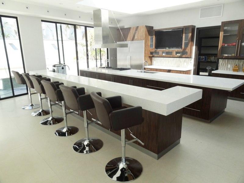 6435 Weidlake Kitchen.jpg
