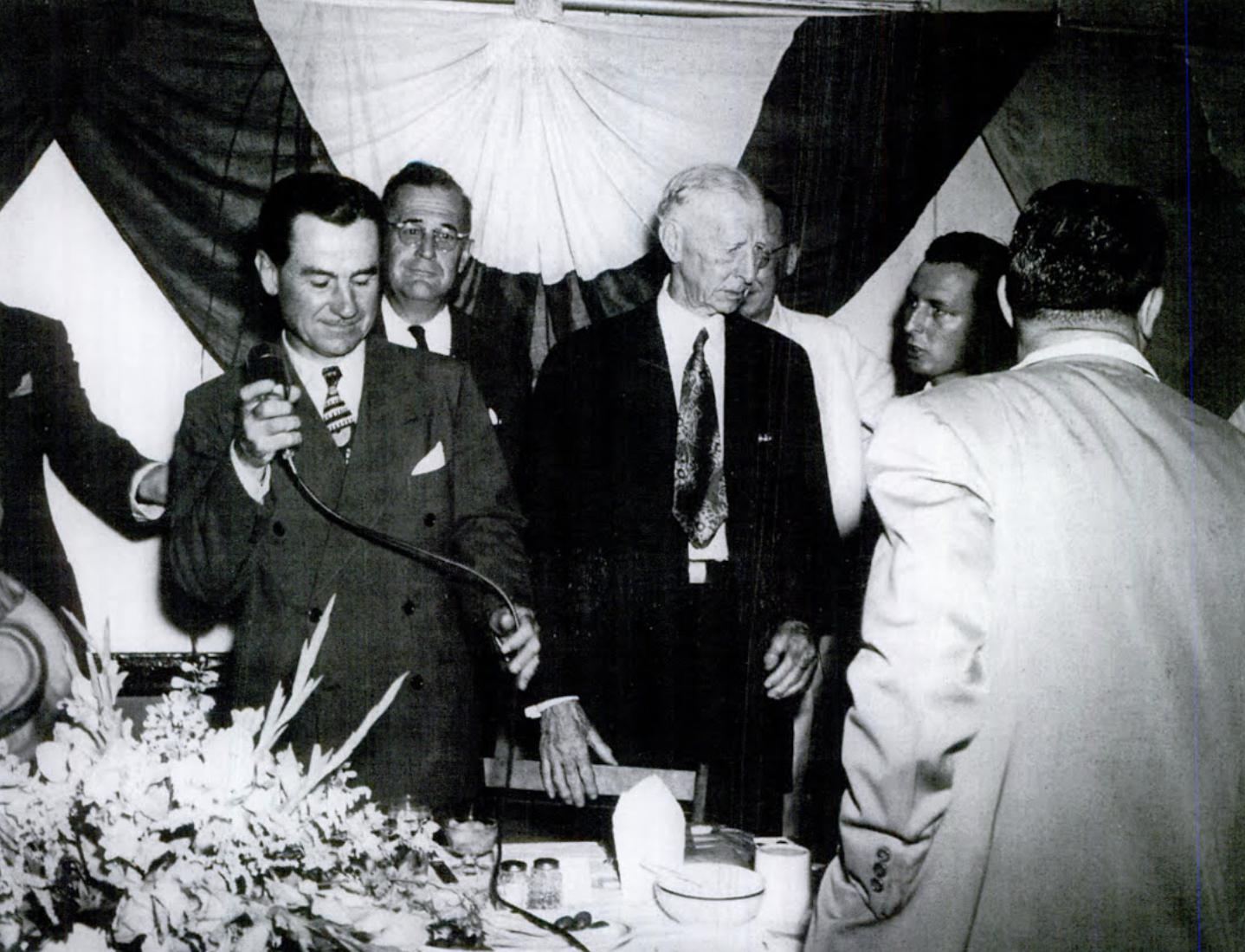 Connie Mack attends dinner in Hartford, 1951
