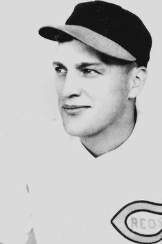 Pete Naktenis, Cincinatti Reds, 1939.