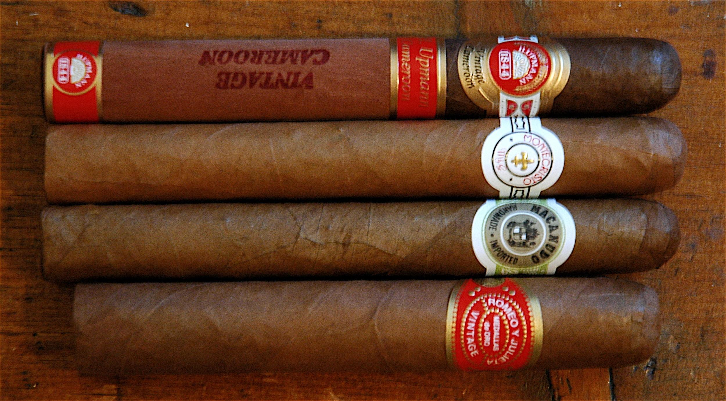 Four_cigars.jpg