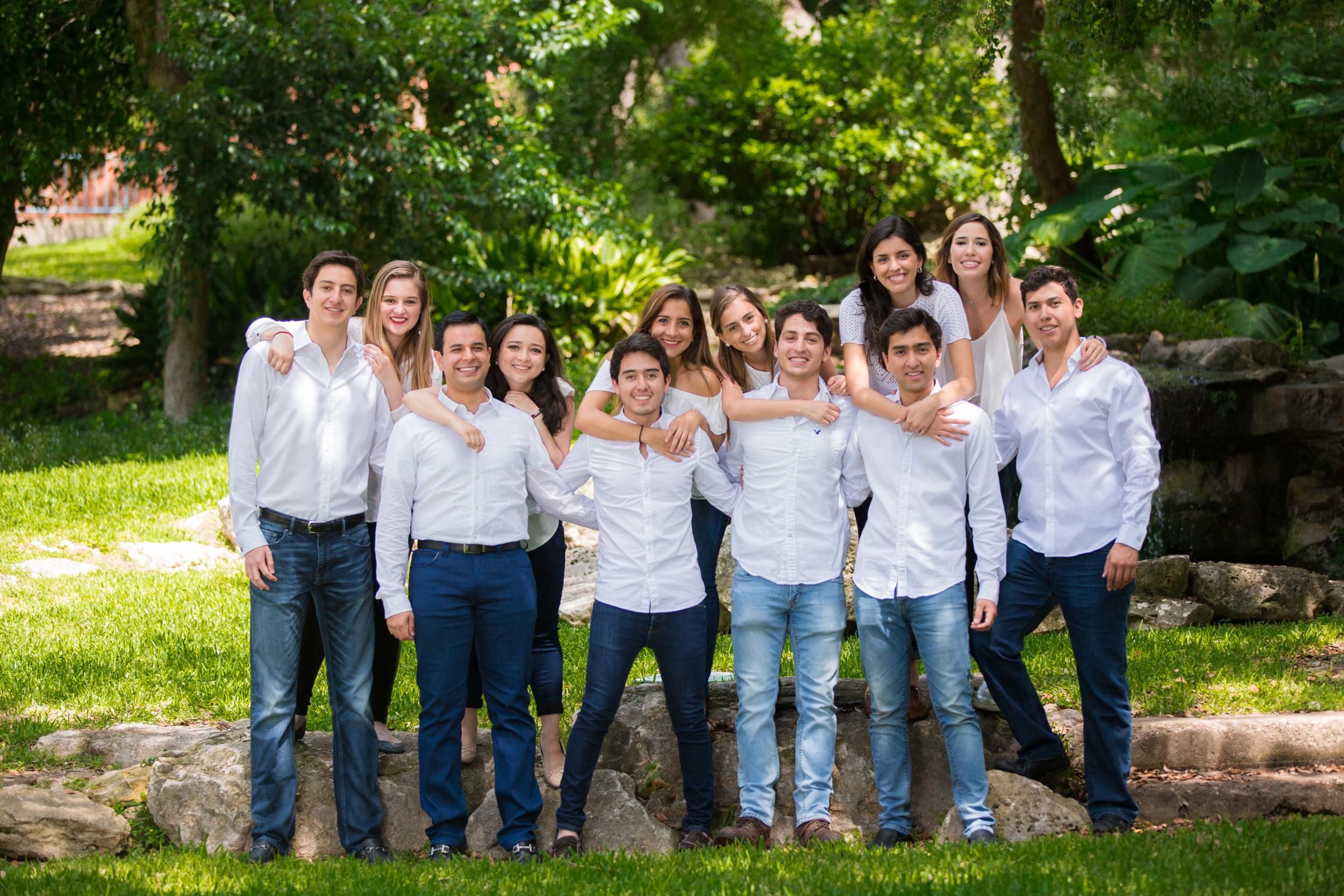 s-Latinos-Trinity-046-043016.jpg