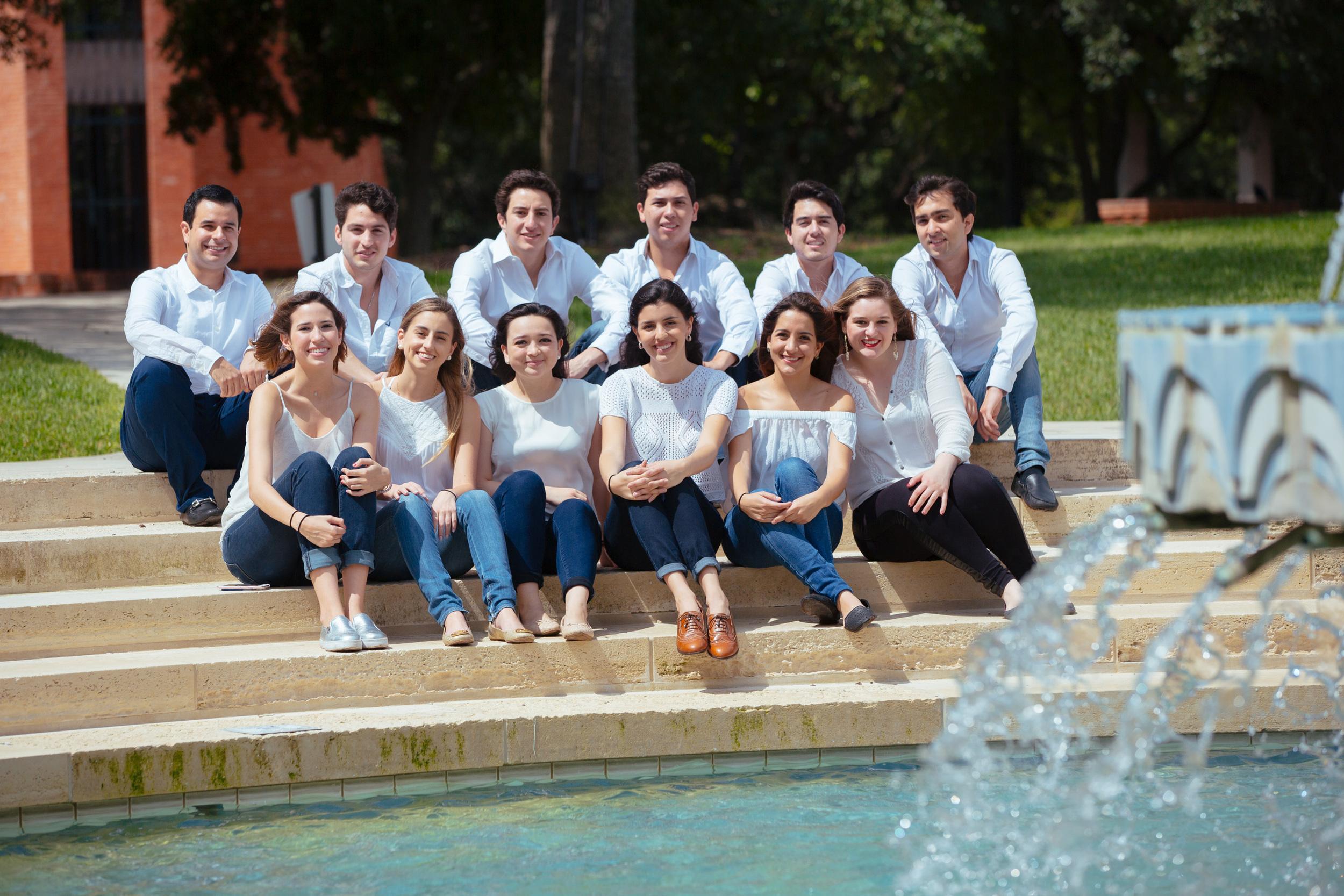 s-Latinos-Trinity-058-043016.jpg