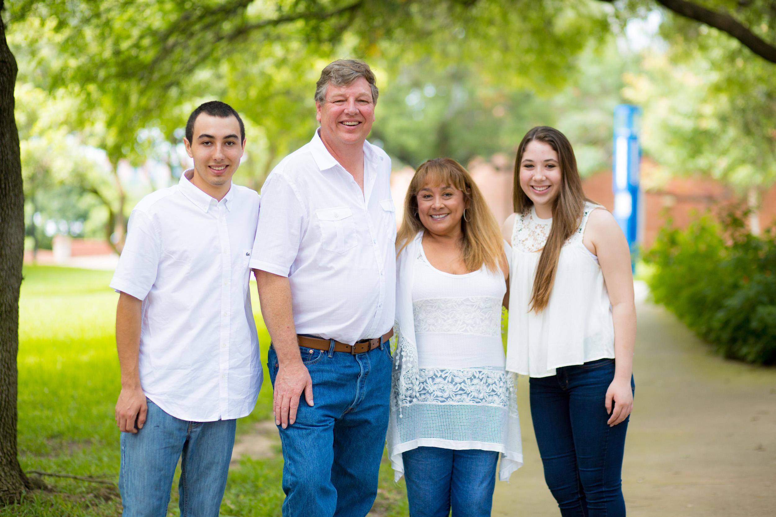 sm-Mansen-Family-092-052816.jpg