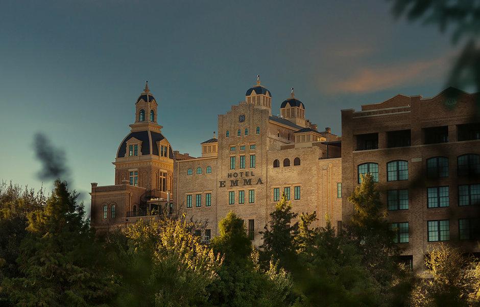 town-building-castle-chateau.jpg
