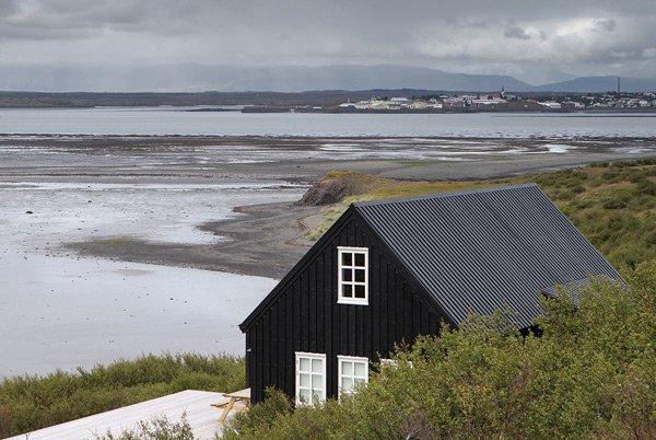 modern_vacation_rentals_borgarnes_iceland_097.jpg