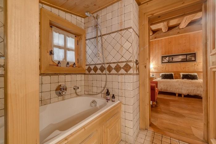 Solyneou_Bathroom_1.jpg