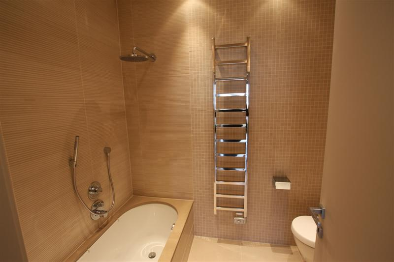 Image3_Bathroom.jpg
