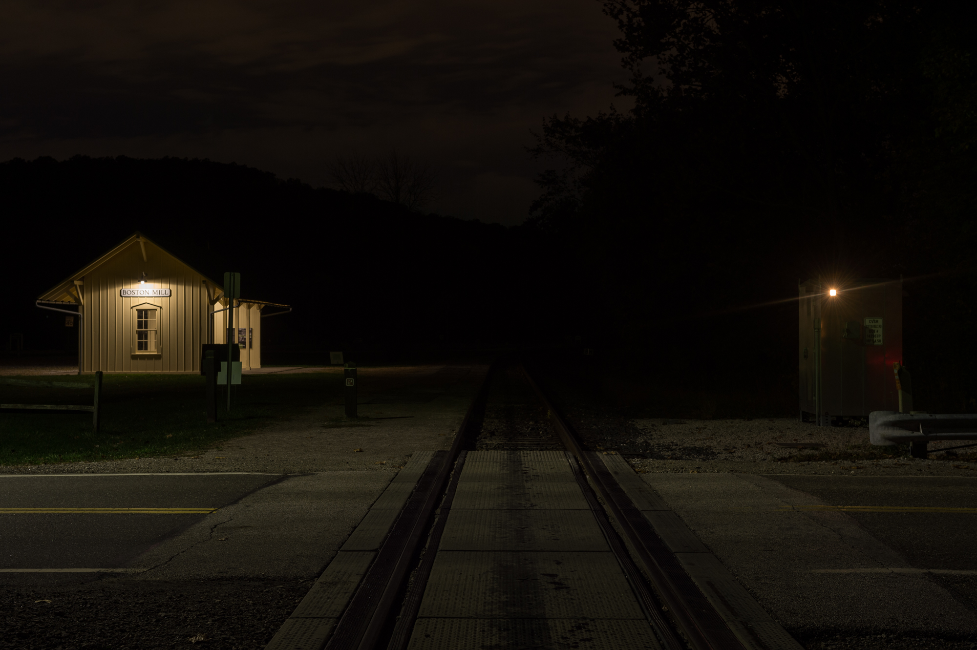 At Cuyahoga Valley, an exposure of 8 seconds, f/8 at ISO 100 recorded detail in the highlights.