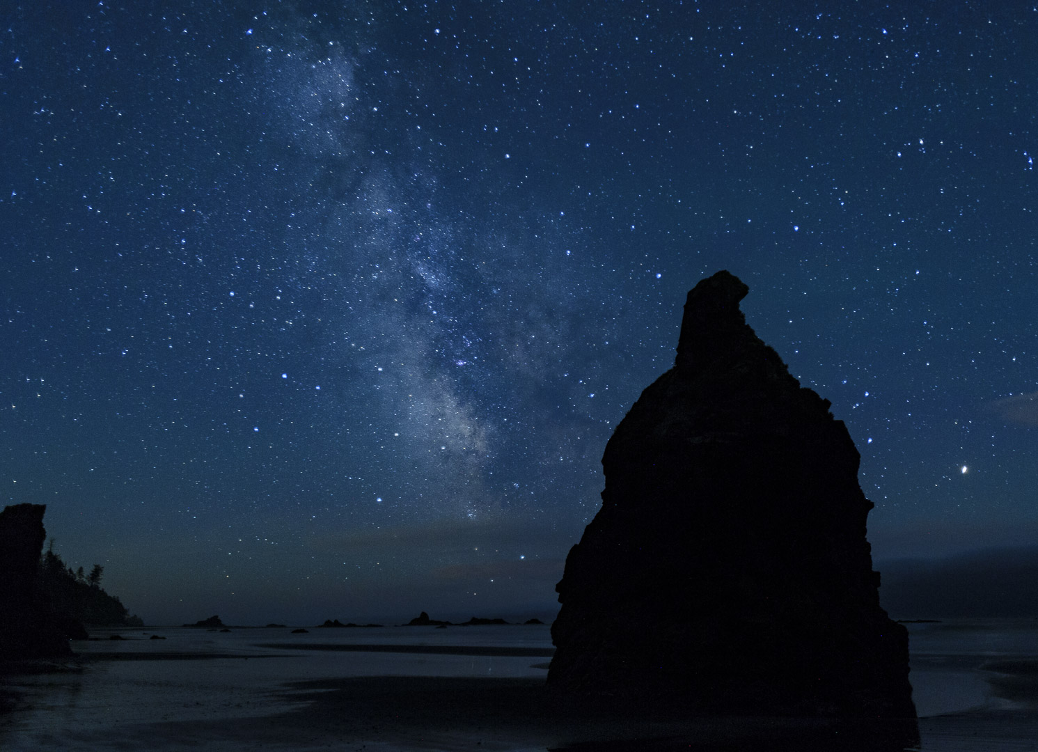 Figure 12. The Milky Way over Ruby Beach in Olympic National Park. © 2016 Chris Nicholson.