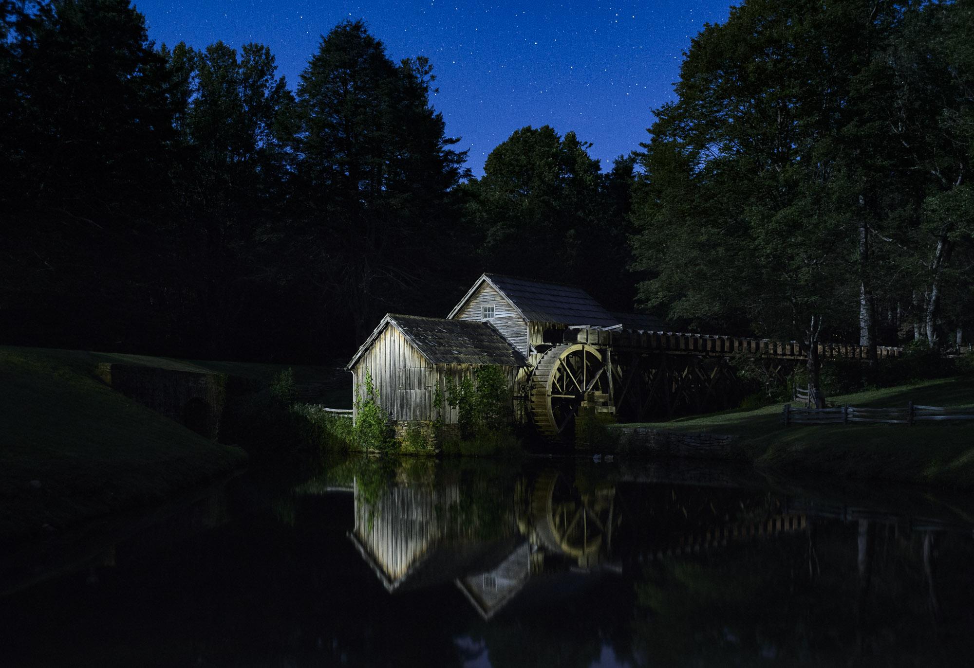 Blue Ridge Parkway_Nicholson_LH21997-E.jpg