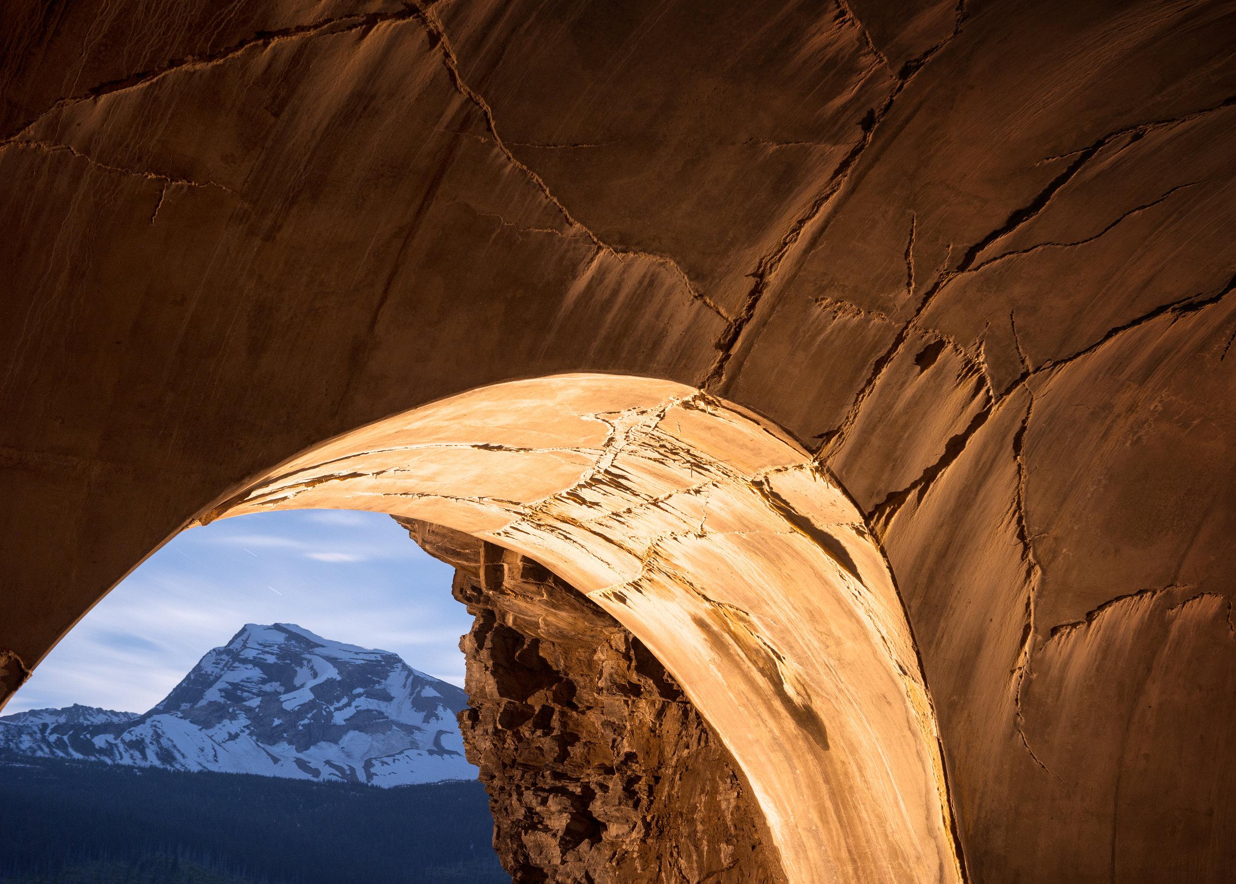 Tunnel, Heavens Peak