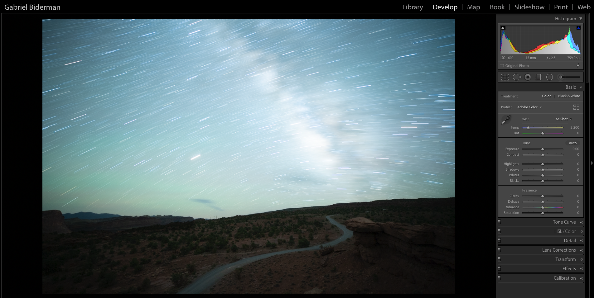 Figure 2. Nikon D5 with an Irix 15mm f/2.4 lens. 13 minutes, f/2.5, ISO 1600.