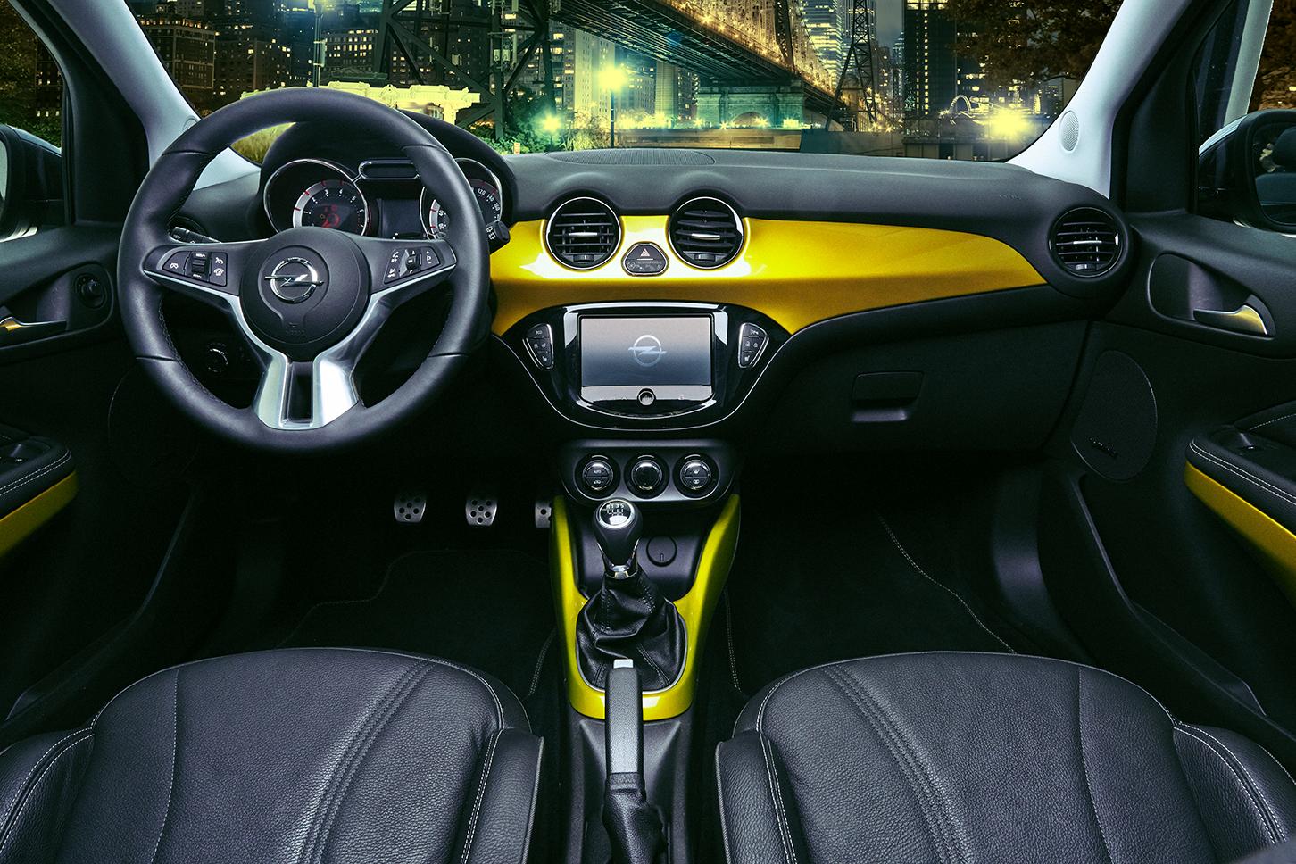 Opel_Adam_GQ_2014_5.png