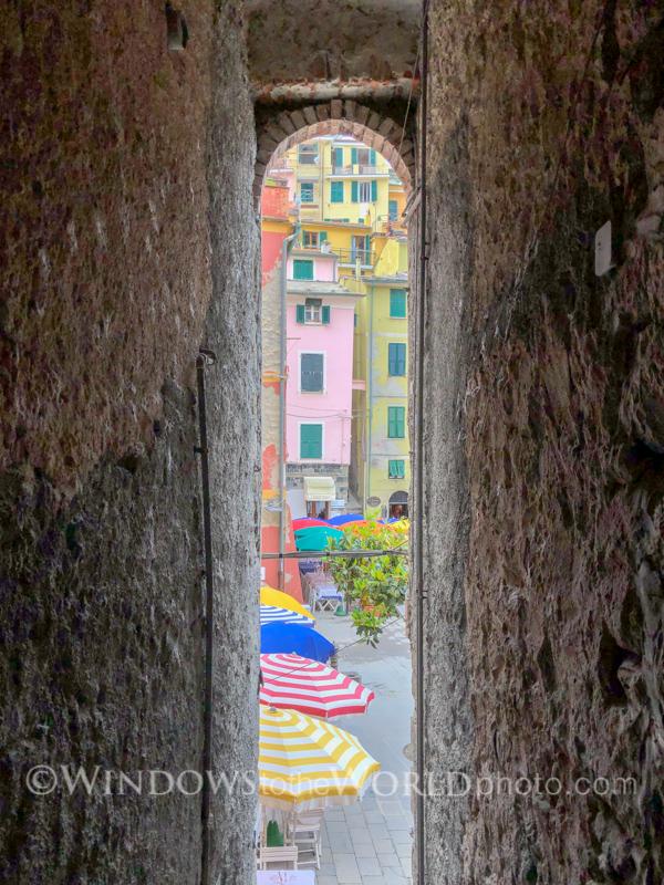 Vernazza piazza, Cinque Terre