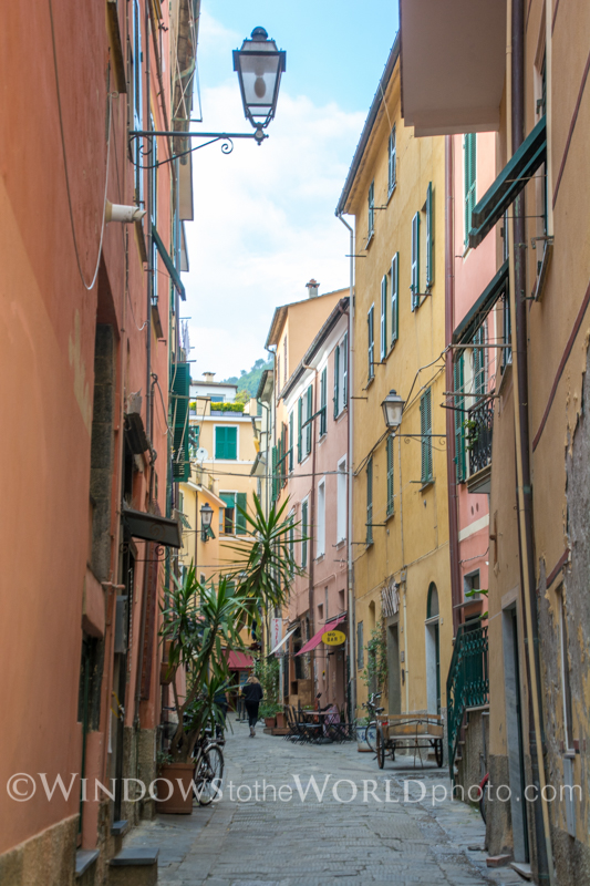 Italian alley series IV