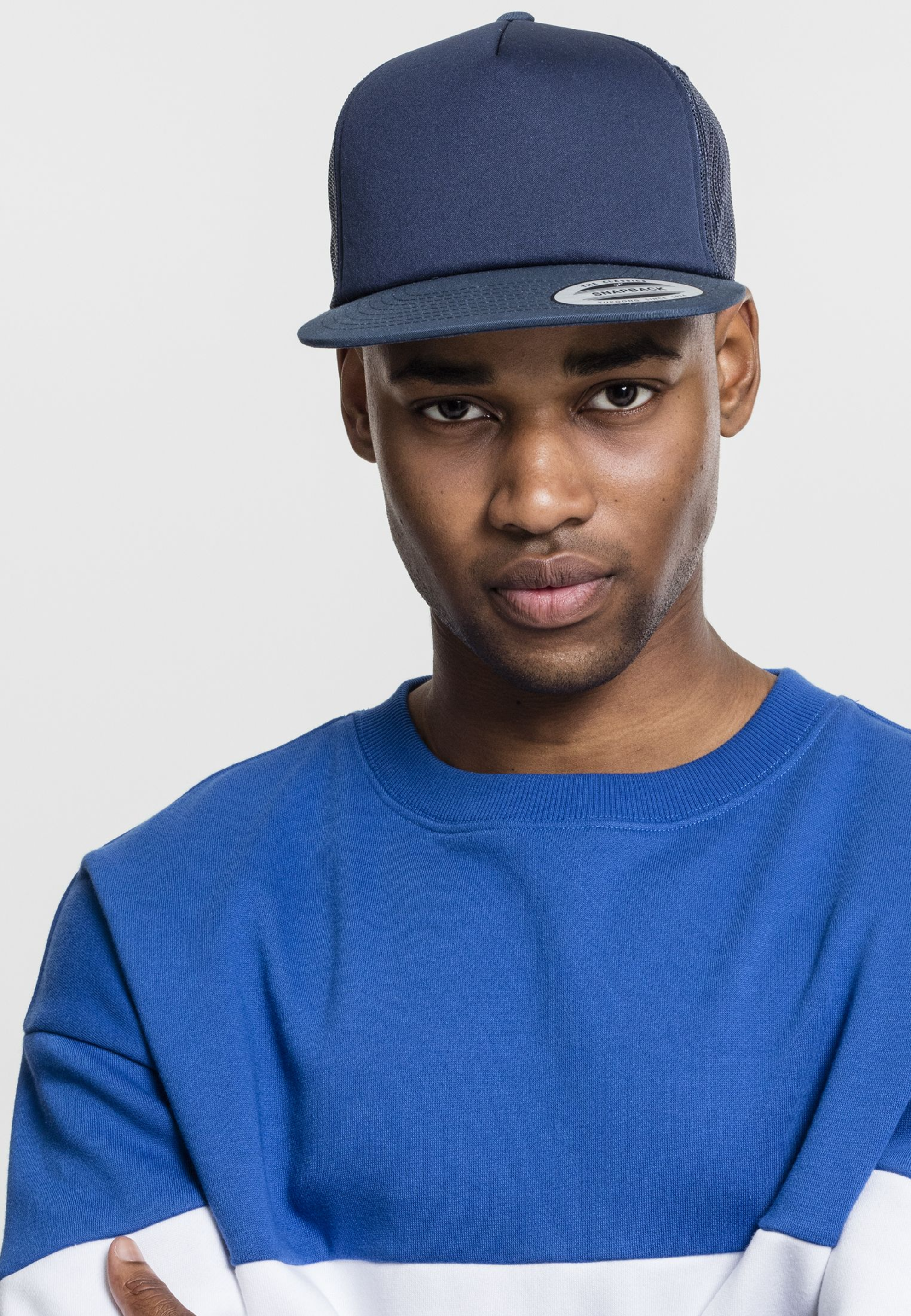 London Snapbacks foam trucker.png