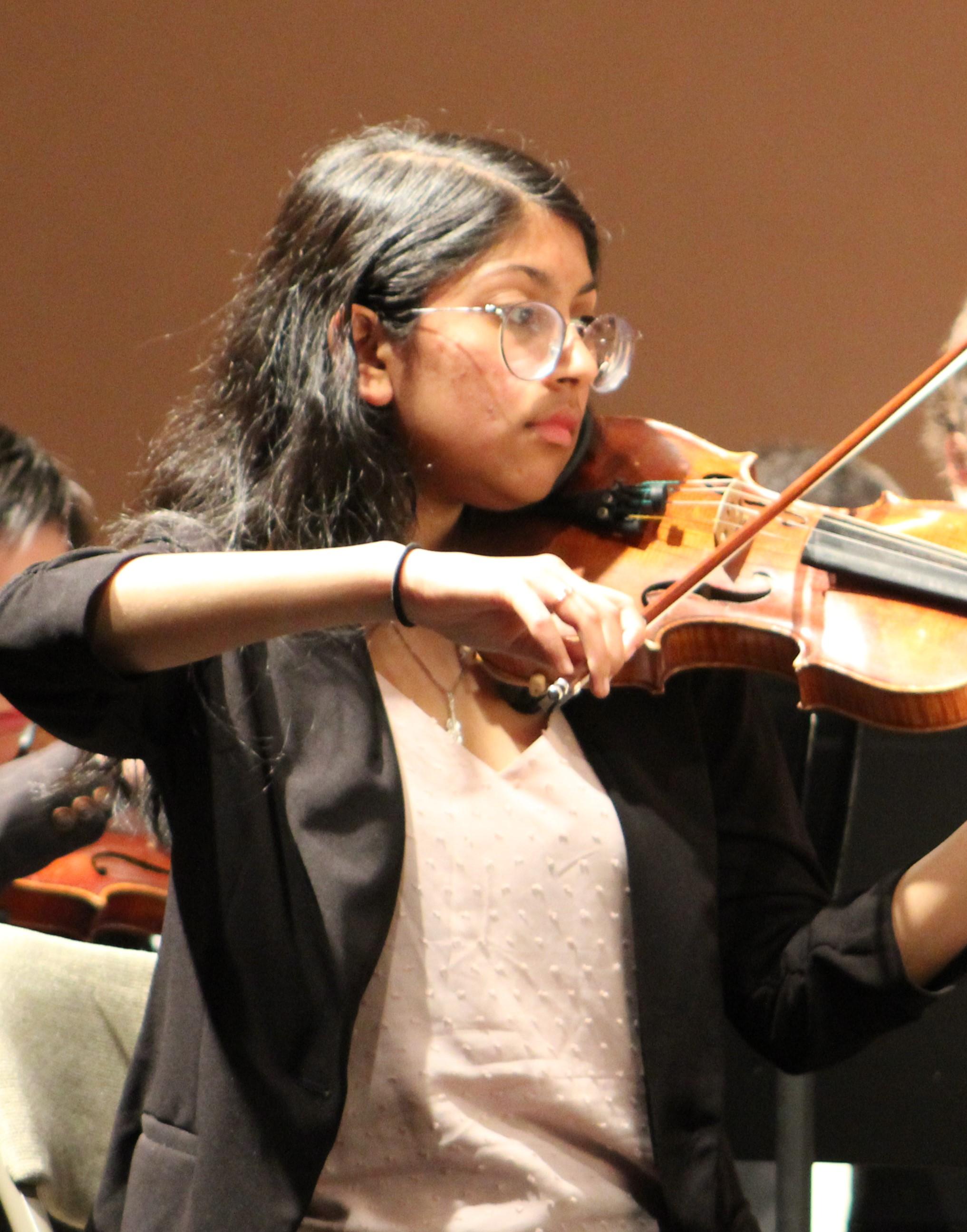 CHYS Spring Concert 21 violin JPG.jpg