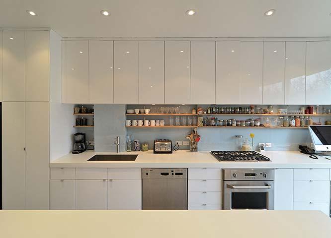 009-Kitchen.jpg