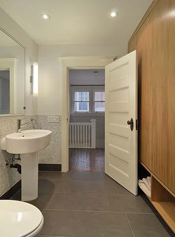023-Washroom.JPG