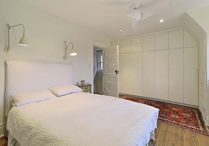 027-Upper-Bedroom.jpg
