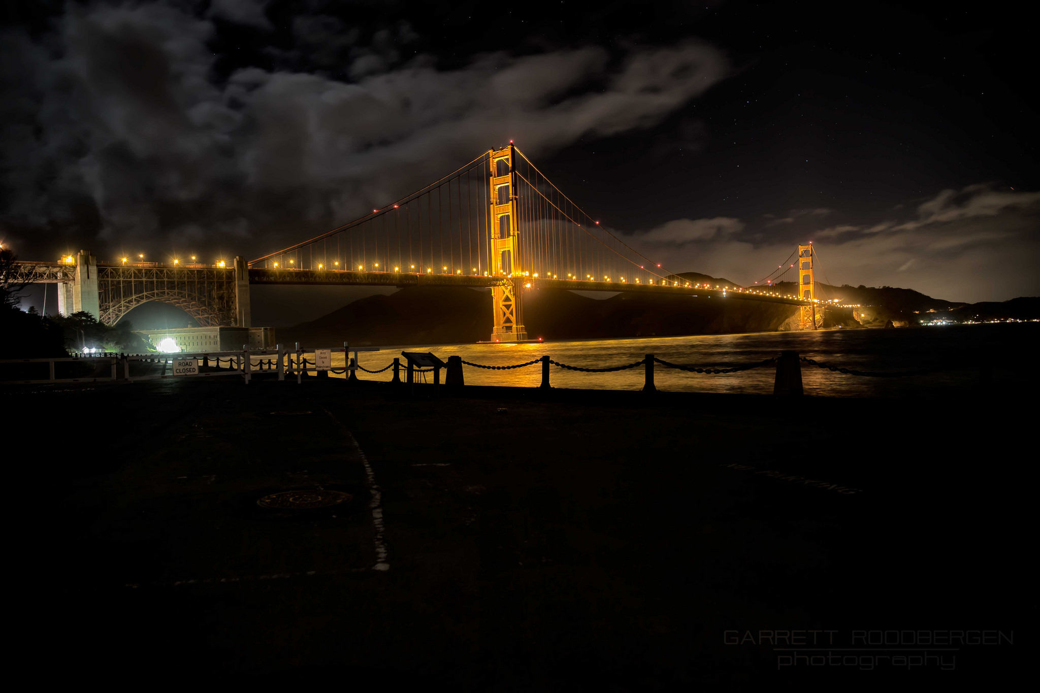 Golden Gate @night #photography #photographyislife #nightsky #water #gold #goldengate #goldwater #bridge #bay #sanfrancisco #travel #seetheworld #vacation #work #night #light #reflection #reflections #life #seek #see #distract #find #view