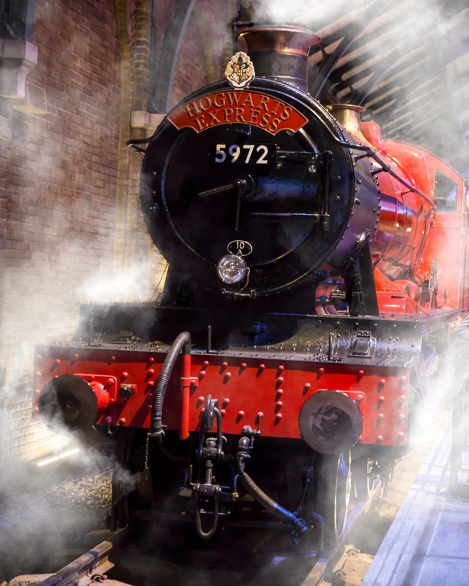 All Aboard for Hogwarts #train #behindthescenes #photographyislife #photography #harrypotter #hogwarts #warnerbros #studio #backlot #smoke #fog #canon #adobe #photoshop #5dmarkiii #magic #wizard #dontstop