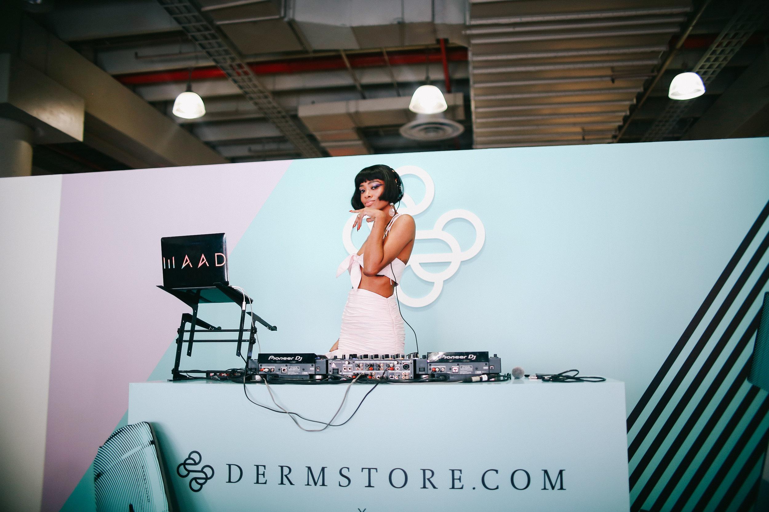 DJ Maad Beautycon NYC Prism DJs 2.jpg