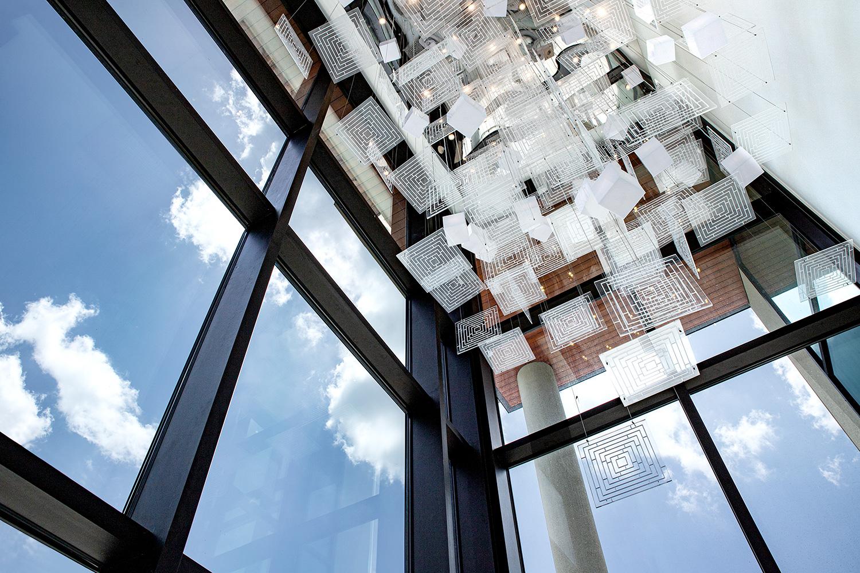 Mondrian_Lobby-1b.jpg