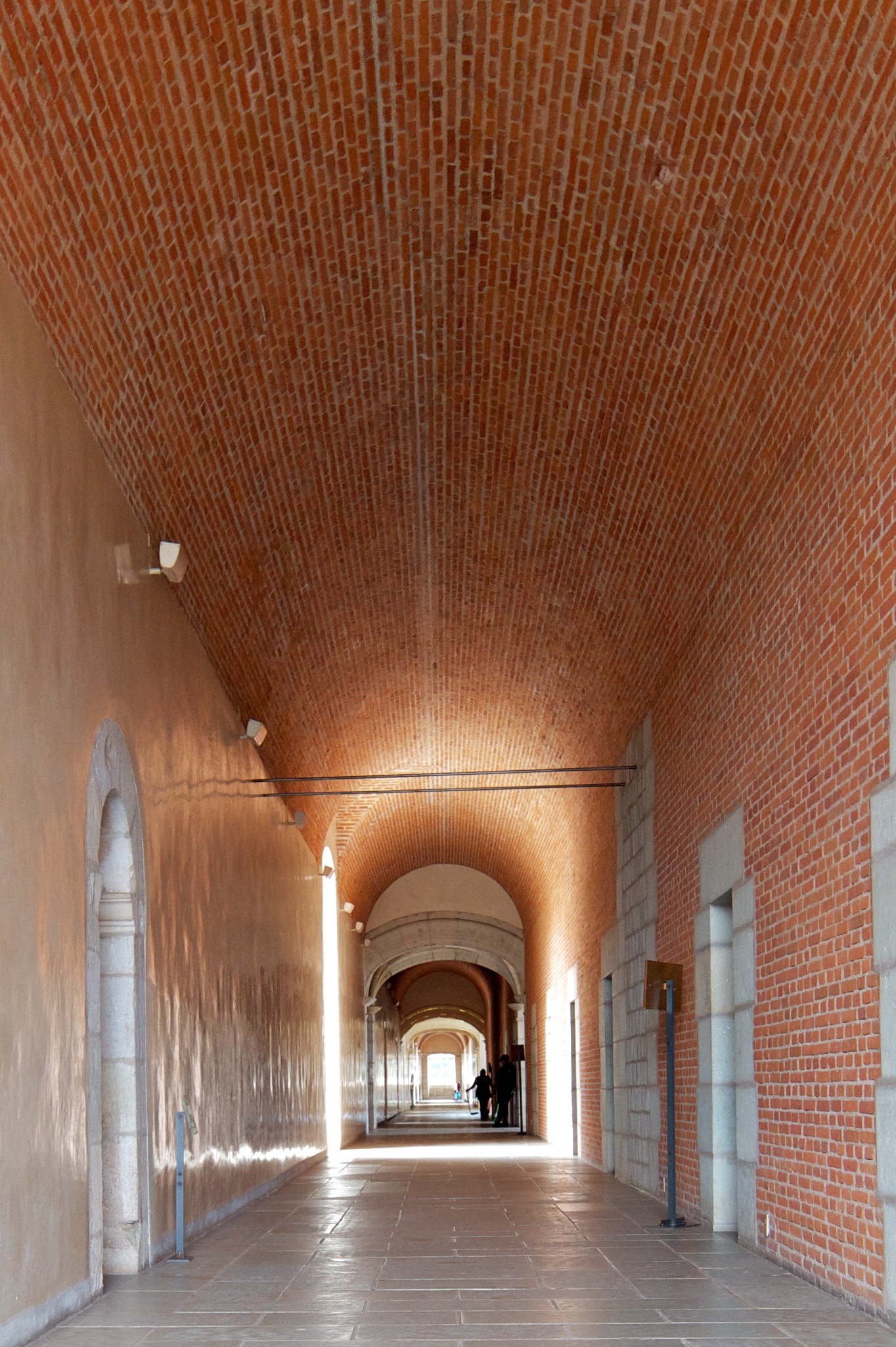 Exposed brickwork shows barrel vault construction techniques