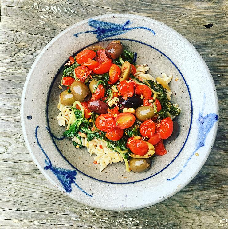 Tomato Olive & Arugula Pasta