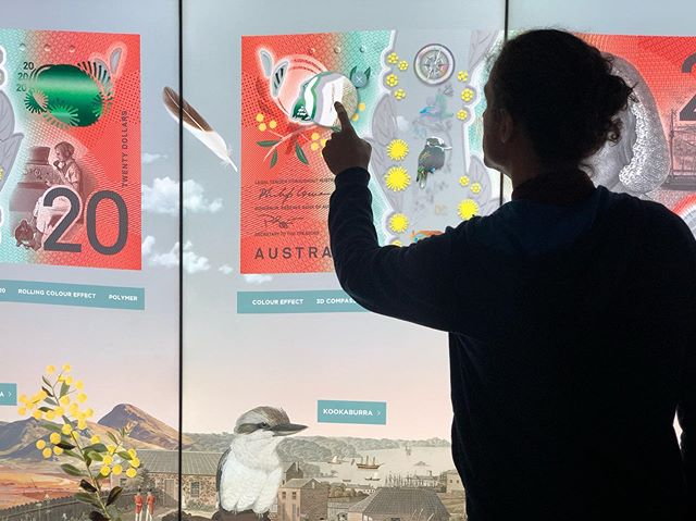 Enjoying the watermelon and mint hues of the new 20 dollar note at the Reserve Bank of Australia Museum 🍉🌱 @freeman_ryan_design #touchwall