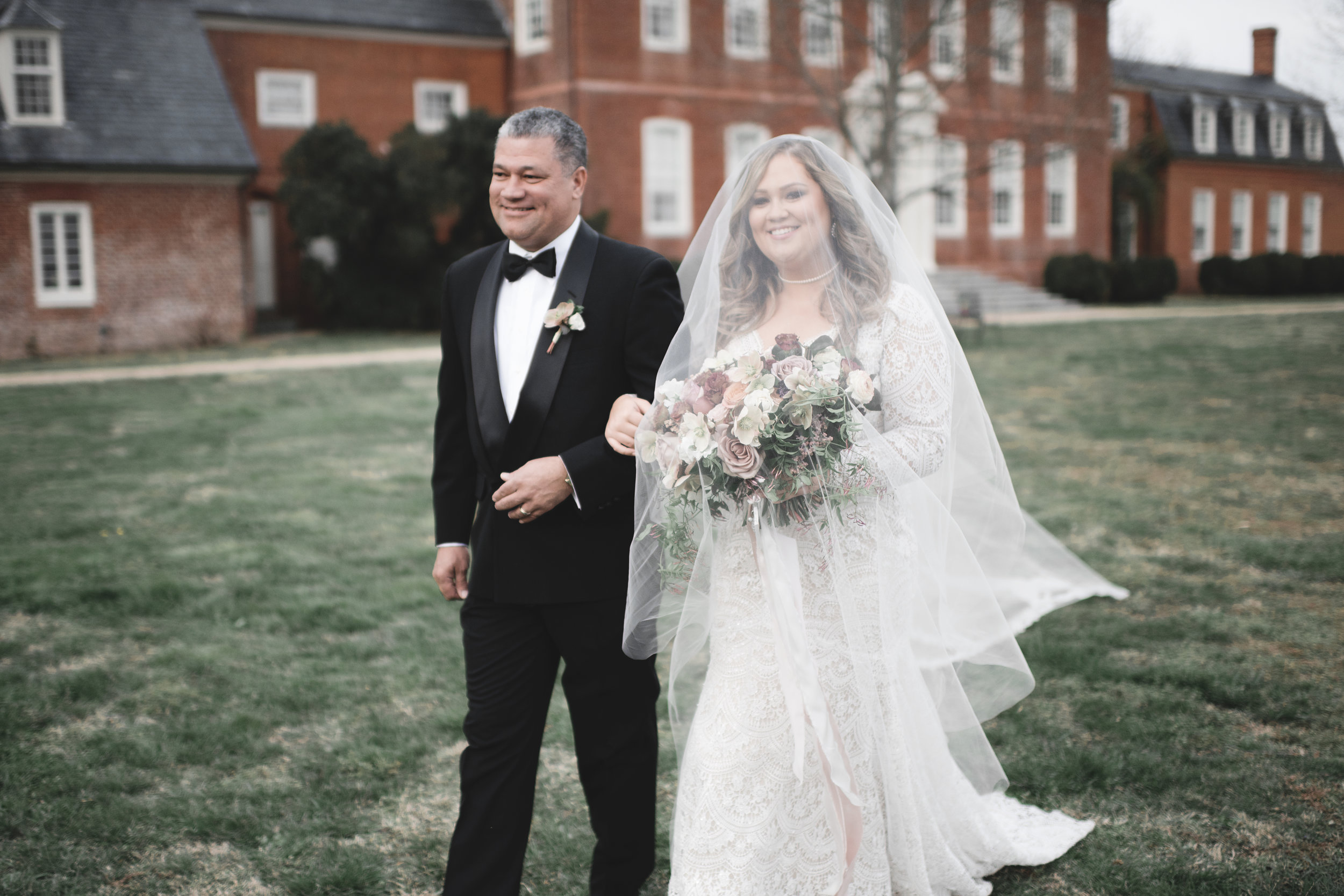 Courtney Inghram Richmond Wedding Westover Plantation Florist