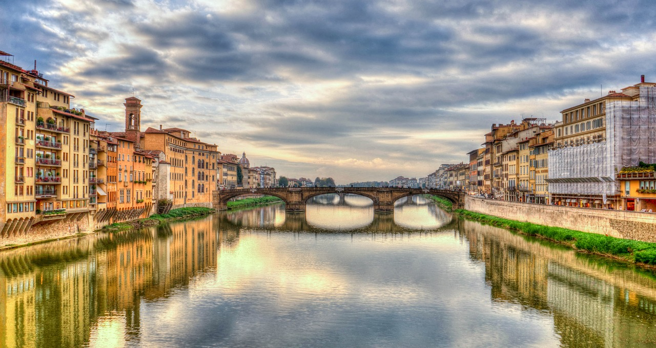 arno-river-1066307_1280.jpg