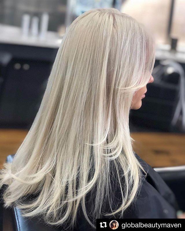 #Repost @globalbeautymaven ・・・ Platinum🕊 Almost didn't post this one because I focus too much on the little details🤓 #ziggyshairla @ziggyshairla - - - #hair #blonde #blondes #babe #bleachandtone #toner #tone #westla #culvercity #losangeles #california #la #hollywood #beverlyhills #uk #lahairstylist #wella #olaplex #balayage #saturday #wcw #salon #blowout #style #ensotools #lmu