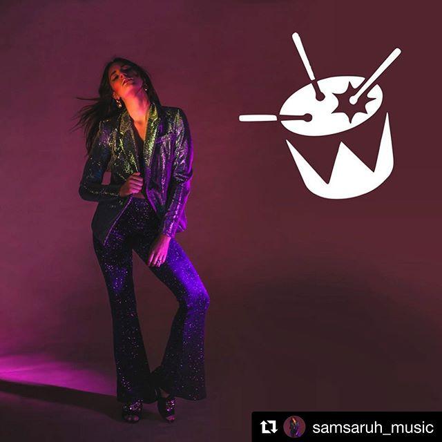 This absolute 💎@samsaruh_music 🔥 congrats 🍾 on the release of your new single #powerlines 💥💡 . #shotby @michelleghunder  #styleby @mutabazi_k in @flarestreet ♥️ MUA @danijfuentesmua  #stylist #musician #samsaruh #ausmusic #flarestreet #photoshoot