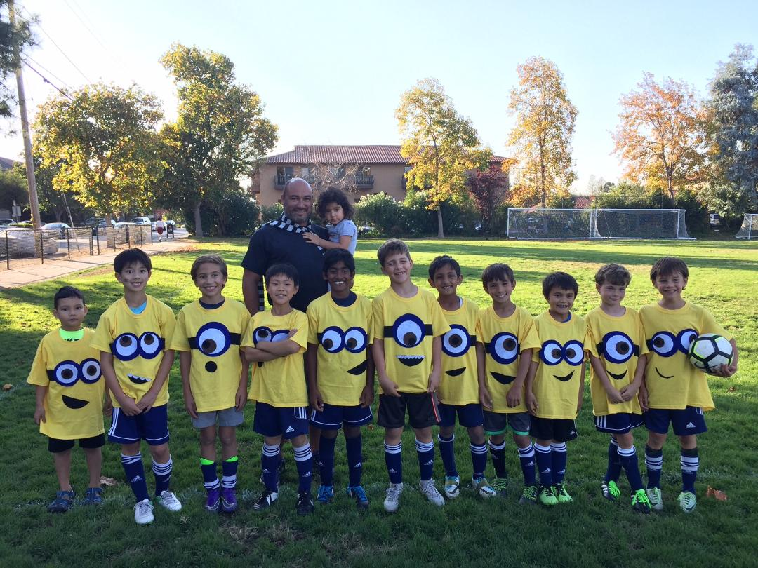 09B Bayern Blue - U10 and Younger Best Costume