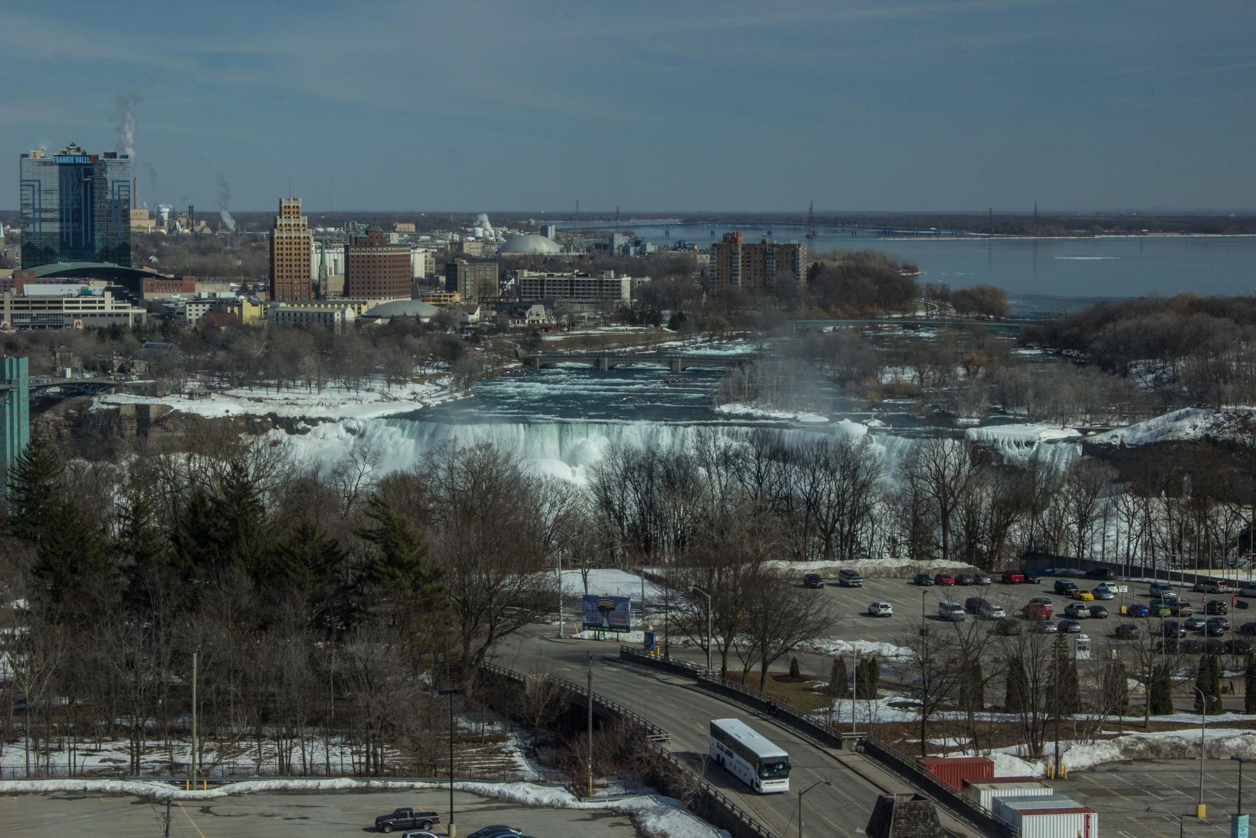 NiagaraFalls_2015_0319_0001.jpg