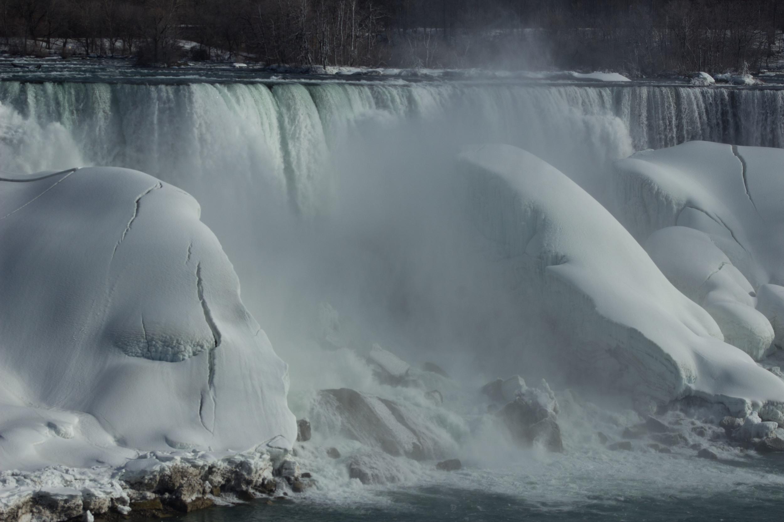 NiagaraFalls_2015_0319_0008.jpg