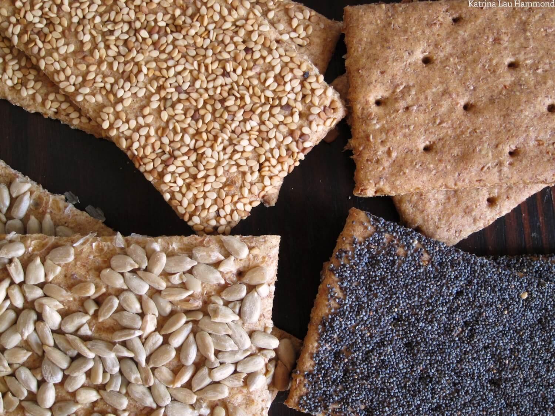 Wholemeal_crackers_001_KLH.jpg