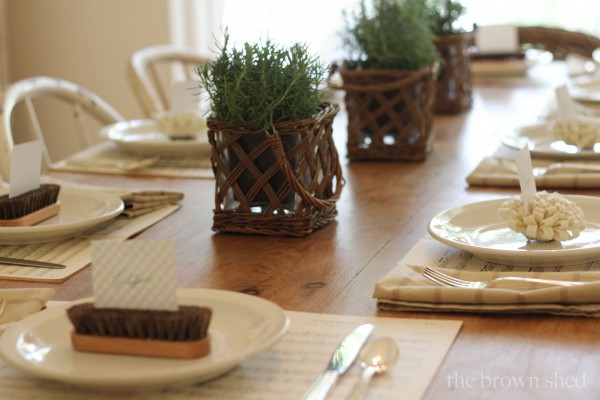 Thanksgiving table setting   thebrownshed.com