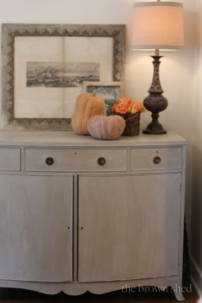 Fall decorations   thebrownshed.com