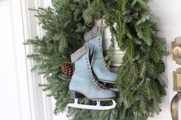 Christmas decorating | thebrownshed.com