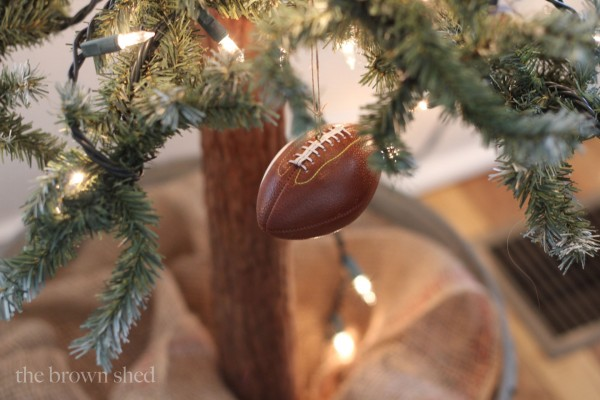 Christmas details   thebrownshed.com