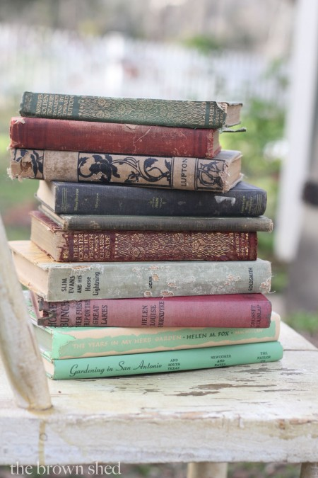 vintage books | thebrownshed.com