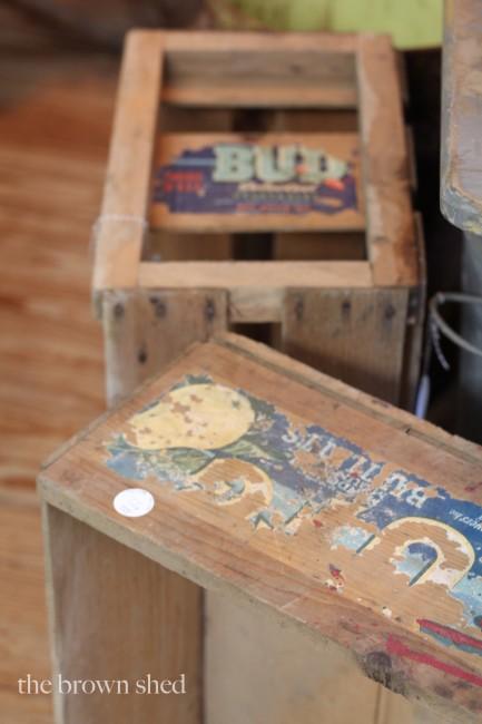 antique crates | thebrownshed.com