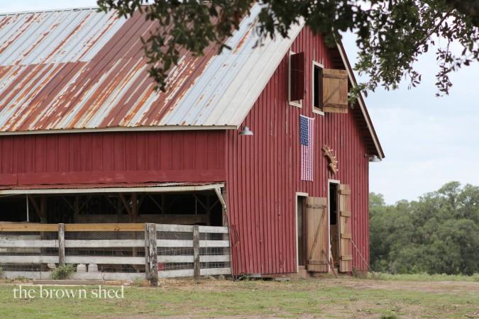 Yonder Way Farm | thebrownshed.com