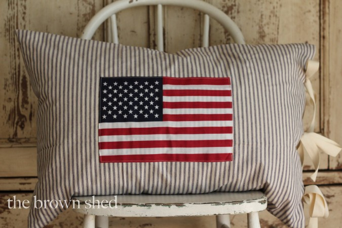 American Flag Pillow | thebrownshed.com