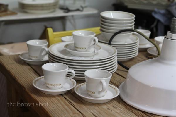 vintage diner ware | thebrownshed.com