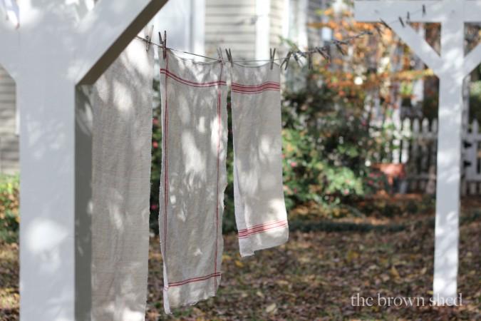 vintage linens | thebrownshed.com